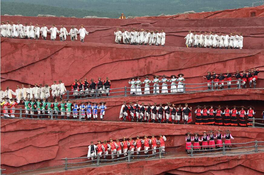从丽江看中国 海外华媒代表:文化与智慧并存