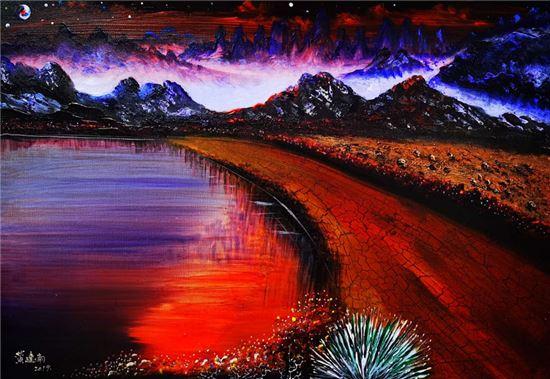 空间之间 生灵和谐——赏析黄建南油画《同一空间》